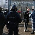 Vene linnades suletakse meeleavalduste hirmus tänavaid ja väljakuid. Põhjenduseks koroonaviirus, võiduparaadi proov ja puugitõrje