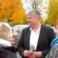 FOTOD ja VIDEO: Viljandi turul kasutasid erakonnad veel viimast võimalust valimiskampaaniat teha