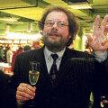Veinispetsialisti ja kirjaniku Kalev Kesküla mõte lendab kõrgelt.