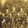 Rõngu sümfooniaorkester 1892. aastal. Vasakult neljas Simon Rosenfeldt