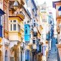 Valletta kirevad rõdud.