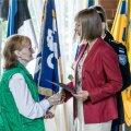 Vabariigi President Kersti Kaljulaid andis täna pidulikul tseremoonial Tallinna Lillepaviljonis üle kodakondsustunnistused Eesti Vabariigi uutele kodanikele
