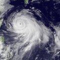 VIDEO: Taifuun räsib Jaapani saari ja Taiwani ning liigub edasi Hiina suunas