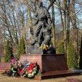 Гранитная правда Донбасса и Сирии: о чем говорят памятники, когда молчит государство