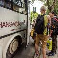 Bussijuht käratas esiistmel istunud lapse peale ja keelas tal vanematele helistada