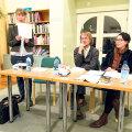 Ingrid Velbaum-Staub, Kalju Kruusa ja Veronika Kivisilla kohtumas lugejatega Jõhvi keskraamatukogus.