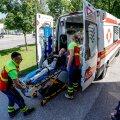 Kuigi terviseekspertiis tõdes, et Savisaare terviseseisund on kohtupidamiseks piisavalt hea, lõppes viimane istungipäev juunis tema jaoks haiglavoodis. Uue ekspertiisi tegemine võib protsessi peatada mitmeks kuuks.