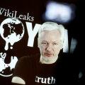 Julian Assange 2015. aastal veebivideo vahendusel korraldatud pressiüritusel
