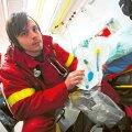 Tallinna kiirabis töötavad meditsiiniõed, nende hulgas Stanislav Šestel, tulevad terviseameti kinnitusel 99% juhtudel haigete abistamisega toime.