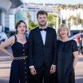 Stsenaristid Livia Ulman ja Andris Feldmanis ning filmi Eesti-poolne produtsent Riina Sildos võivad tehtuga rahul olla, sest Cannes'i filmifestivalil võeti nende tehtud töö väga soojalt vastu.