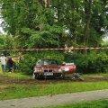 ФОТО и ВИДЕО | На ралли в Кохила автомобиль въехал в публику, двух детей доставили в больницу