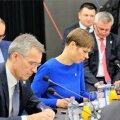 President Kersti Kaljulaid koos NATO peasekretär Jens Stoltenbergiga Slovakkias Košices Kesk- ja Ida-Euroopa riigipeade julgeolekuteemalisel kohtumisel