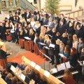 Hetk juubelikontserdilt Rapla kirikus 5. jaanuaril. Dirigendiks väsimatu Urve Uusberg