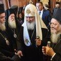 Patriarh Kirill ja patriarh Bartholomeos I (paremal)