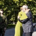 Tulevane Eesti Vabariigi president Alar Karis saabus Kadrioru lossi.