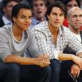 Connor Cruise ja Tom Cruise aastal 2010.