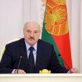 Лукашенко провел в СИЗО встречу с задержанными оппозиционерами. Как отреагировала оппозиция?