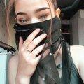 Ученица Нарвской православной гимназии Арина Николаева в своей маске-чадре восточной красавицы