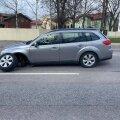 Машина журналистки ETV+ потеряла колесо через день после заезда в мастерскую. Никто не пострадал только чудом