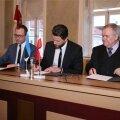 Keskerakond ja Reformierakond allkirjastasid täna Tartus koalitsioonilepingu