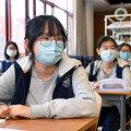 В китайском Ухане продолжают выявлять новые случаи заболевания Covid-19