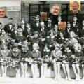TARKPEADE KLASS: Tartu 5. keskkooli 21.lennu keemiaklass lõpetas kooli 1967. aastal