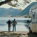 VIIMASEL REISIL: Kauaaegsed elukaaslased Tusker (Stanley Tucci, vasakul) ja Sam (Colin Firth) veetmas ühiseid hetki road trip'il mööda Inglismaad.