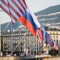 USA ja Venemaa lipud Genfis enne suurkohtumist