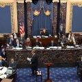 Trumpi tagandamisprotsess: igavlevad senaatorid jäävad saalis tukkuma, mängivad mänge ja lobisevad omavahel