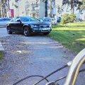 Järvevana jalgrattatee lõpeb kinnises parklas
