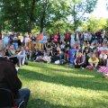 Loov Eesti arutles loovuse rolli üle maaelu jätkumises Arvamusfestivali maaelu laval Paide Vallimäel