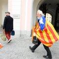 DELFI FOTOD: Miks saabus Mark Soosaar riigikokku värvilise lipuga?