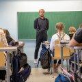 Kadrioru saksa gümnaasiumi õpetaja Rannar Park ütleb, et tõenäoliselt lahkuvad paljud pedagoogid koolist palga väiksuse, aga ka karjäärivõimaluste puudumise tõttu.