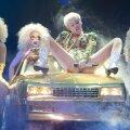FOTOD: 3 südamlikku ja 7 ropprõvedat momenti, mis Miley Cyruse kontserti kõige paremini iseloomustavad