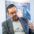KONSERVATIIVNE. Tallinna kinnisvaraturg on šokis: Viljar Arakas ütleb, et inimesed arvavad, et kui kohe ei osta, siis jäävad nad üldse ilma.