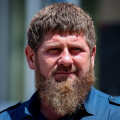 """Kadõrov kutsus Bideni Tšetšeeniasse veenduma, et seal """"kukkesid"""" ei ole"""