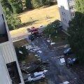 VIDEO JA FOTOD   Tugev tuul viis Ehitajate teel asuvalt kortermajalt katuse