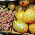 Turult saab eksootilisi puuvilju, ja mida ei saa, neid saab poest