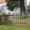 Kõik teed ja väravad on valla. Pärt Uusberg möödunud reedel Riinimanda suvelaagris Saaremaal Püha kiriku juures