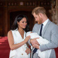 Briti kõmuajakirja ülbitsev pealkiri prints Harry ja Meghan Markle'i rasedusuudise peale ajas fännid marru