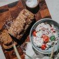 RETSEPTID | Üllata külalisi grill-liha asemel kruubisalati ja isetehtud leivaga