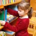 Tallinna keskraamatukogu ei nõua enam väikelastele mõeldud raamatu rikkumise eest hüvitist