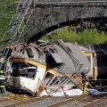 Hispaanias rööbastelt välja sõitnud reisirongis hukkus neli inimest