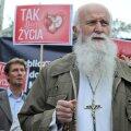 Mullu ei puudunud palju, et abort oleks Poolas kriminaalkuriteoks muutunud. Abordi kriminaliseerimise pooldajate meeleavaldusi aitas korraldada ka SAPTK-d toetanud Piotr Skarga liikumine.