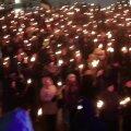 По оценке полиции в факельном шествии EKRE приняло участие около 2000 человек