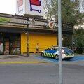 Politseiauto Pirita selveri invaliidikohal