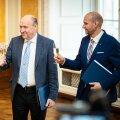 Helge hetk: Jüri Ratas, Mart Helme ja Helir-Valdor Seeder mullu aprillis šampuseklaase kõlistamas. Peopäeva põhjuseks koalitsioonileppe allkirjastamine. Siiani võimuliit püsib, kas ka 2023 aasta valimisteni välja, on veel vara öelda.