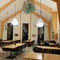 Argipäevaõhtune einestaja võib avastada, et kogu restoran töötab üksnes tema hüvanguks.