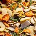 Köögivilju võib kuivatada ahjus, kuivatis, aga suvel ka väljas õhurikkas kohas.