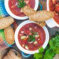 RETSEPTID | Seitse tomatisuppi, kus saad ära kasutada kõik üle küpsenud ja plekkidega tomatid
